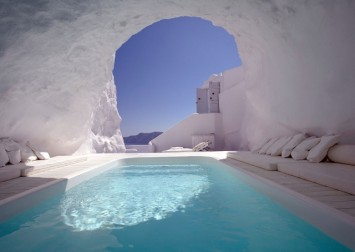 Cave pool in Santorini, Greece