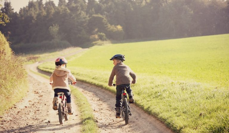Free-Range Parenting Teaches Kids Independence From An Early Age