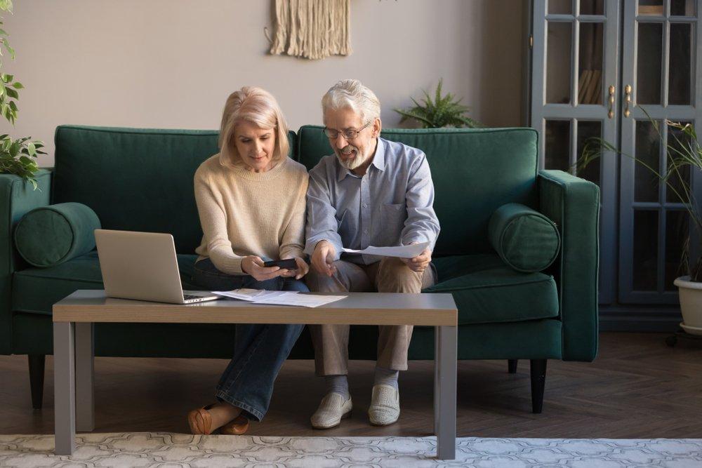 retired couple finances